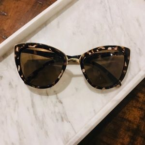 Quay My Girl Sunglasses in Tortoise/Brown